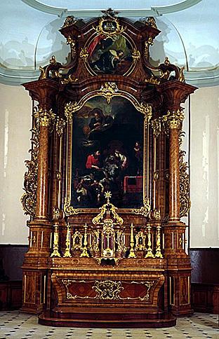 Autel, retable, tabernacle, 2 statues (maître-autel), de saint Joseph