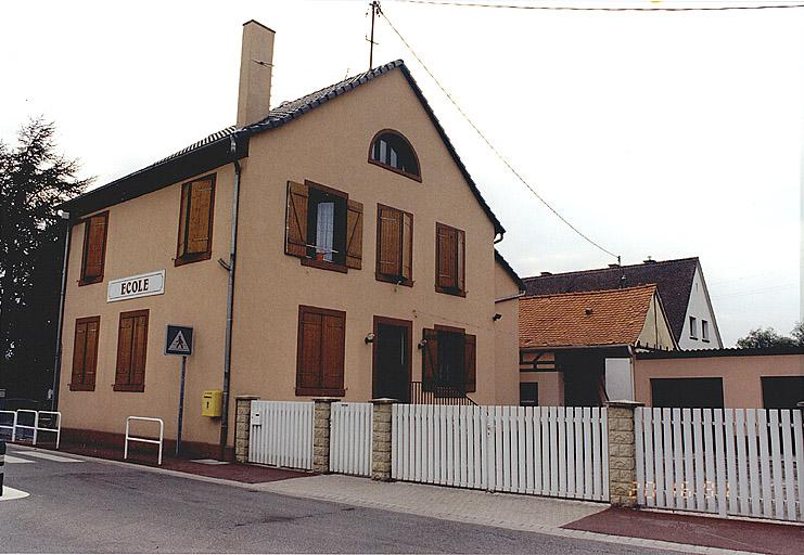 Ancienne mairie, école