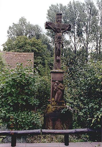 Croix de chemin (B)