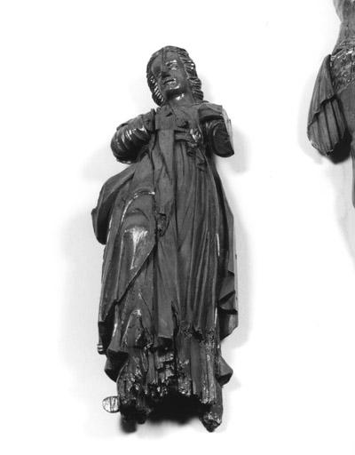 statue : saint Jean (?)