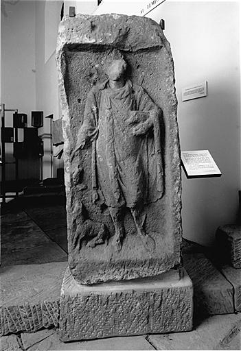 stèle votive No 1