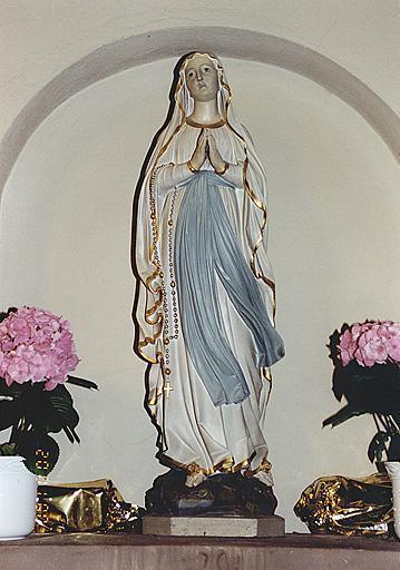Statue : Vierge de Lourdes