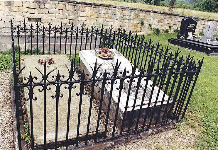 tombeaux de l'amiral Frédéric Reech et de G.H. Reech