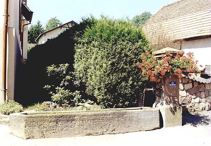 Fontaine-auge (K)