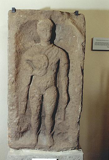 stèle votive No 4