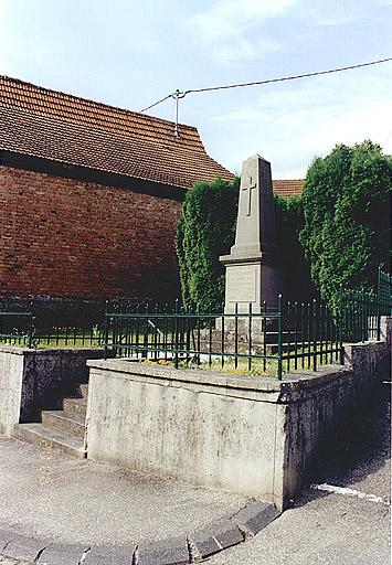 Monument aux morts (A)