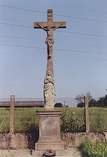 Croix de cimetière (F)