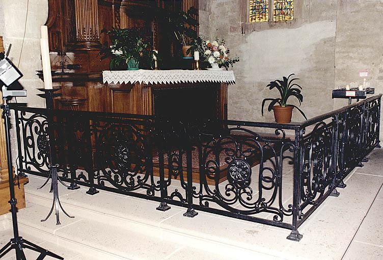 Ensemble de deux clôtures d'autel