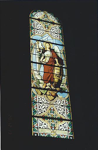 Verrière : saint Michel