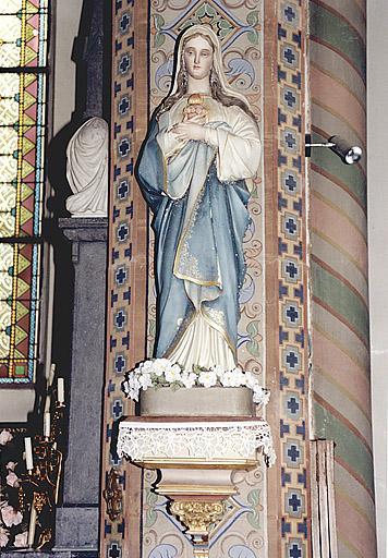 statue : Vierge du Sacré Coeur