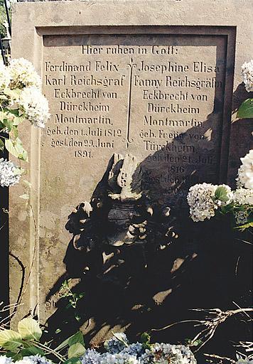 Tombeau de Ferdinand et de Fanny Eckbrecht de Durckheim-Montmartin
