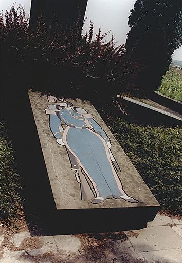 Monument commémoratif (F)