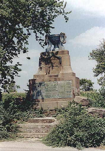 Monument commémoratif (H)