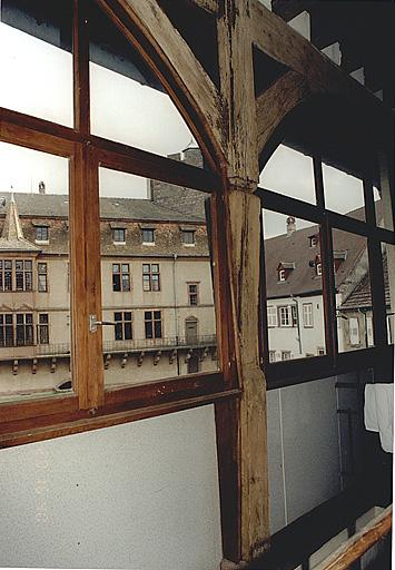 Cellier du château, actuellement auberge de jeunessee