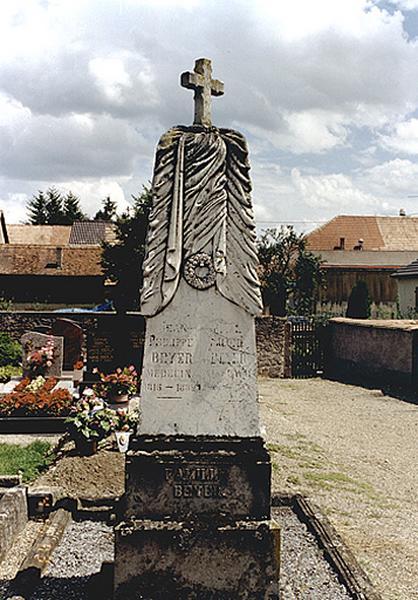 monument funéraire No 1