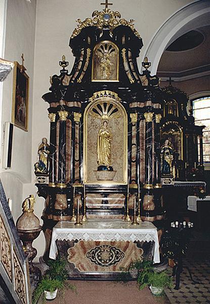 Ensemble des autels secondaires de la Vierge et de saint Charles Borromée