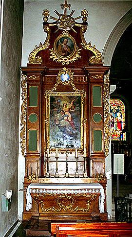 2 autels, 2 retables (autels secondaires), de la Vierge, de sainte Agathe