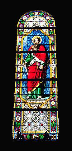 ensemble de 9 verrières : saint Pierre, saint Paul, sainte Marguerite Marie Alacoque, sainte Agnès, sainte Thérèse d'Avila, Education de la Vierge, saint Antoine, saint François, saint Louis de Gonzague