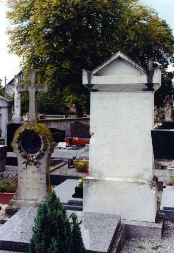 Monument sépulcral de la famille Henner