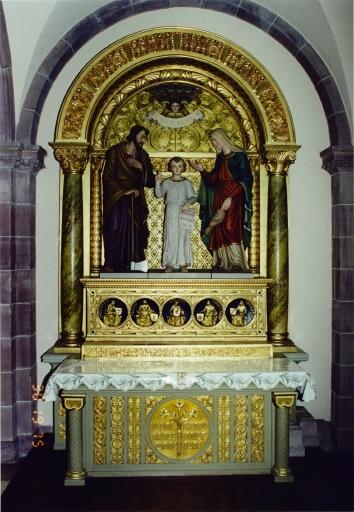 Autels secondaires de la Sainte Famille et du Rosaire