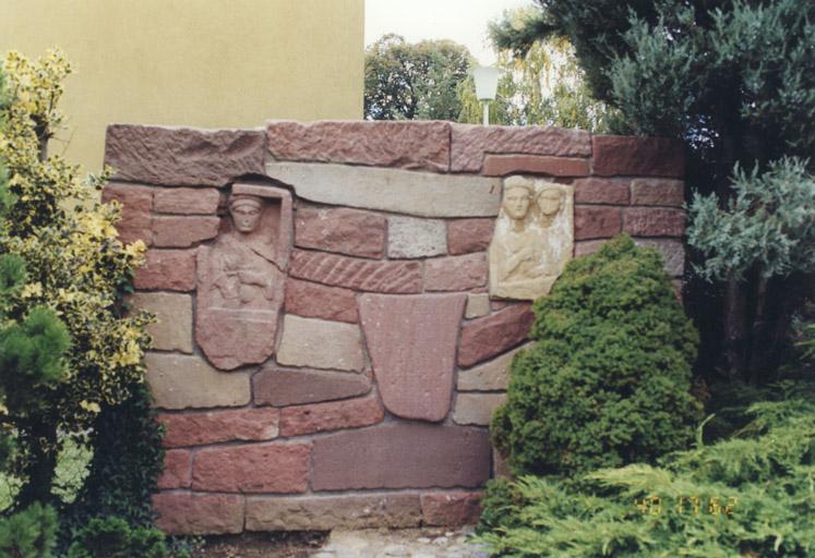 ensemble de 3 reliefs