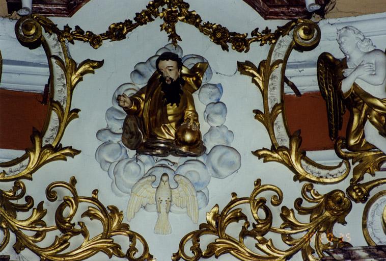Ensemble de deux statues, d'un calvaire et d'un relief : Saint Benoît, sainte Scholastique, Vierge, Saint Jean, Christ en croix et Dieu le Père