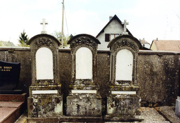Stèles funéraires de la famille Sommer,