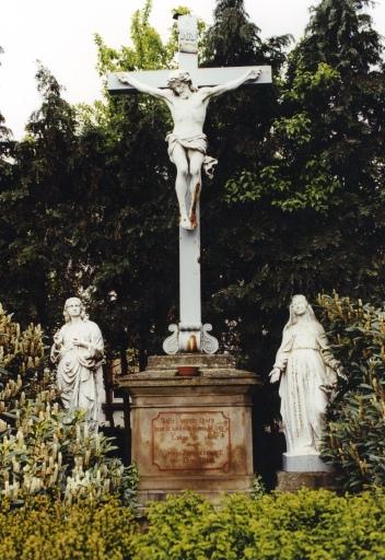 Croix de chemin E