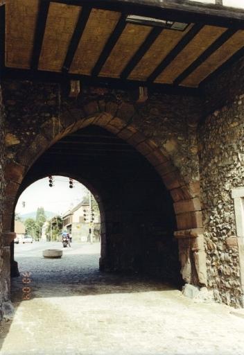 Ouvrage d'entrée, porte de Thann, musée de la Porte de Thann