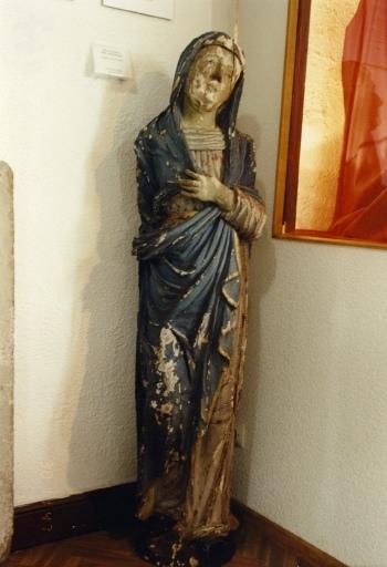 Statue : Vierge de douleur (?)