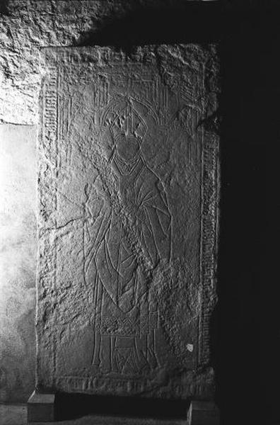 Dalle funéraire d'Henri le bâtard de Chalon