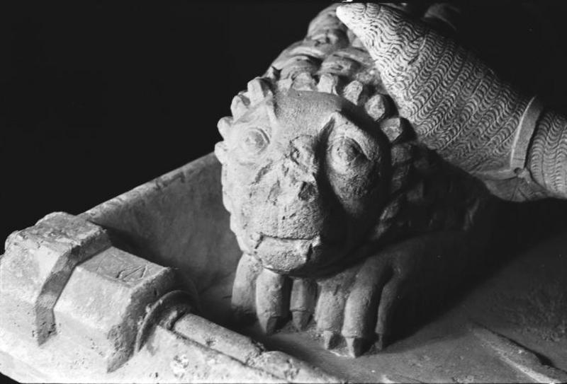 Tombeau de Renaud de Bourgogne
