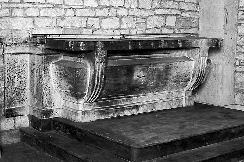 autel, gradin d'autel (autel secondaire droit)