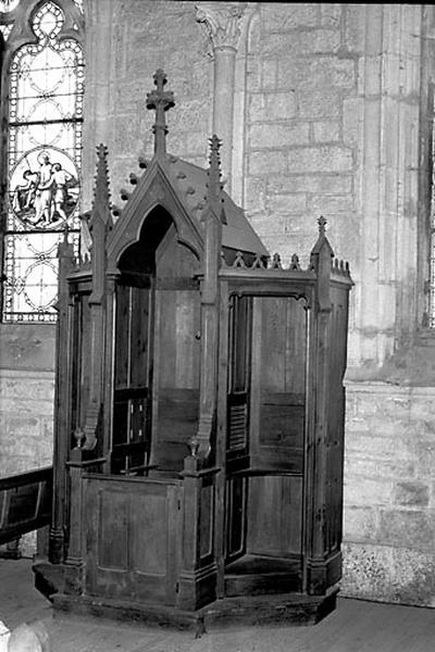2 confessionnaux