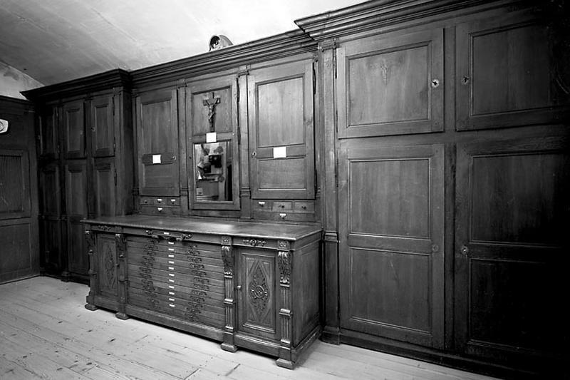 1er meuble de sacristie