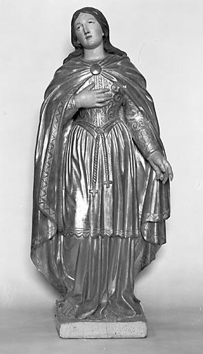 Statue : sainte Agathe