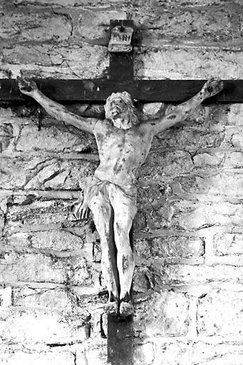 Croix : Christ en croix (n° 1)