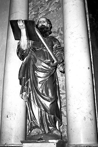 2 statues : saint Pierre et saint Paul