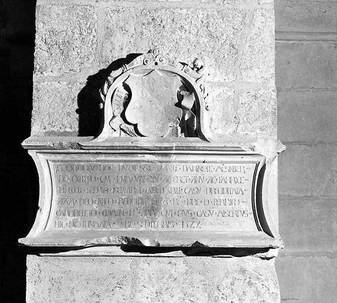 Plaque funéraire de Parnète Mesnier