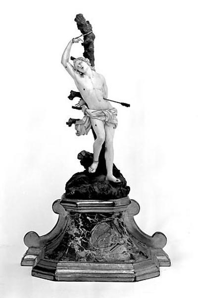 châsse, statue : saint Sébastien