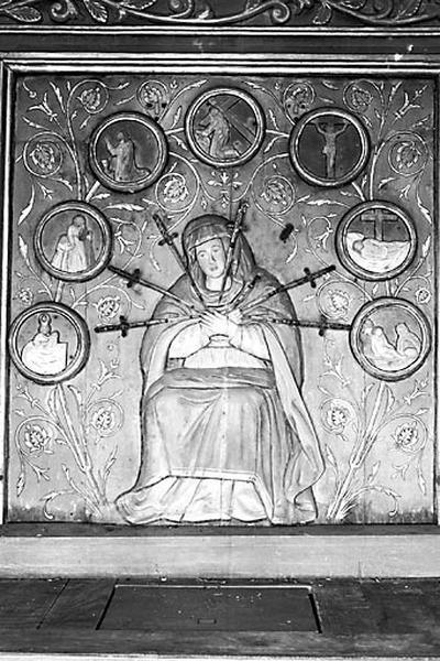 Bas-relief : Vierge des sept douleurs