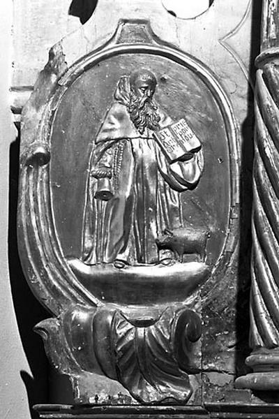 2 bas-reliefs : saint Antoine et saint Eloi (?)