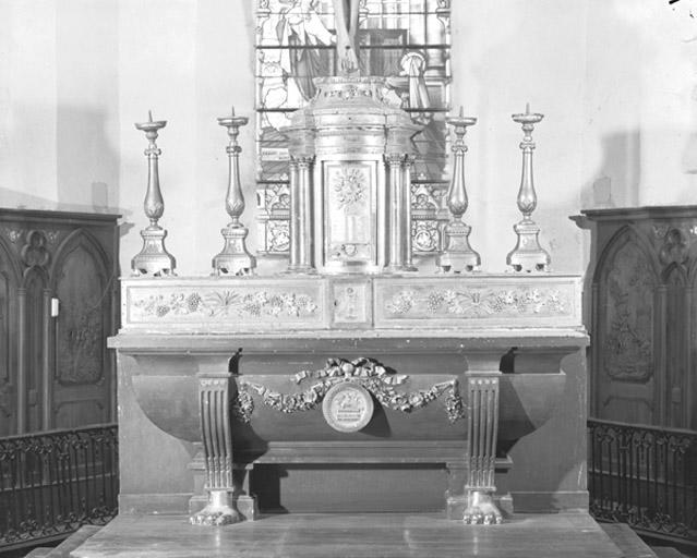 Autel, gradin d'autel et tabernacle du maître-autel