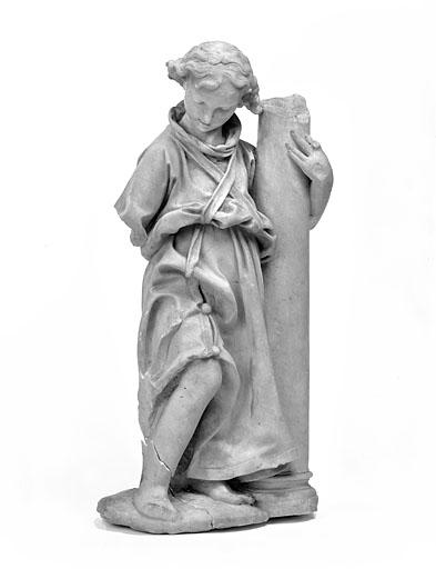 2 statuettes : anges de la Passion