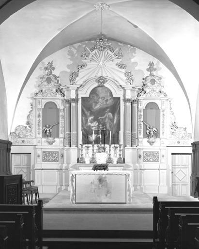 Autel et retable (ensemble du maître-autel)