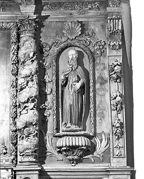 Tableau d'autel, 2 statues (ensemble du maître-autel)