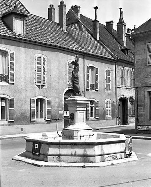 fontaine de la Samaritaine