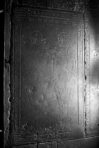 Dalle funéraire de Guillaume de Venère et de Louise de Scey