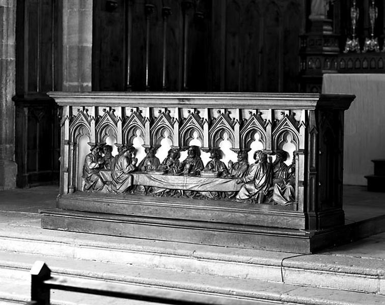Autel, retable, tabernacle, statues (maître-autel, autel tombeau)