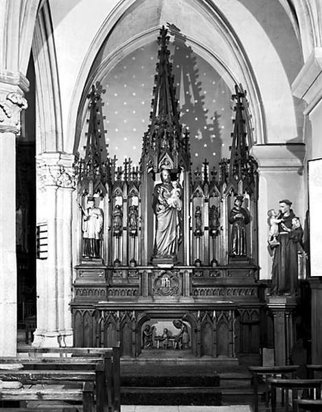 autels (2), retables (2), statues (autel tombeau), dit autel de la Vierge, dit autel de saint Joseph